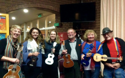 Peninsula Folk Club ukulele night